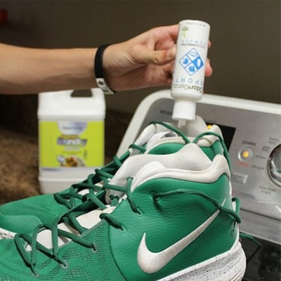 How to stop shoes from squeaking 3