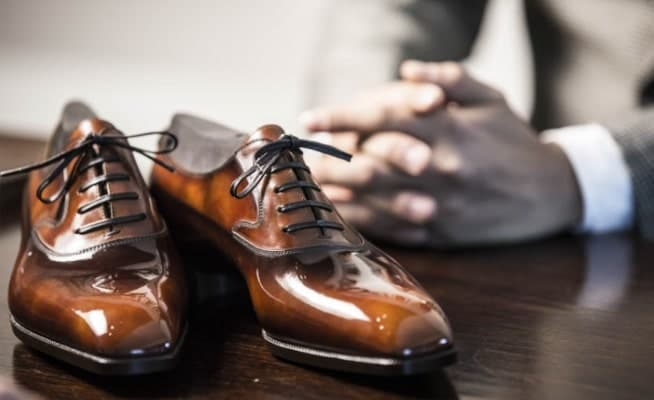 What Are Dress Shoes? How To Tie Dress Shoes Properly? 7