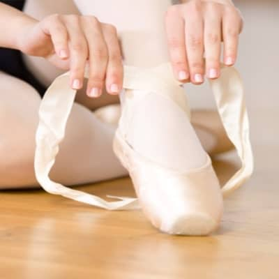 How To Sew Pointe Shoes At Ease 3